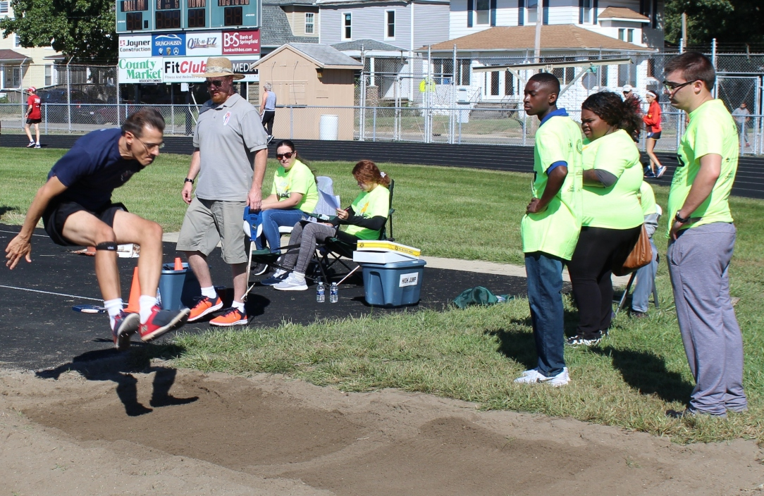 11 volunteers long jump